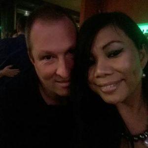 Meine Freundin und ich suchen eine Frau für erste bi erfarungen